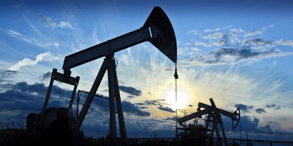 ОПЕК+ решил понизить цены на нефть